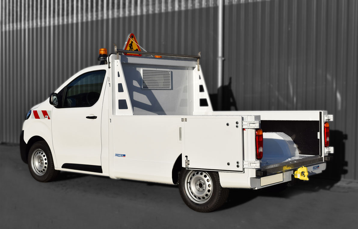7461173-Pick-up-utilitaire-chargement-porte-charge-jpg