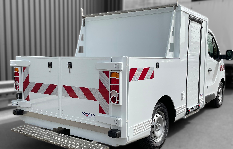 Transport utilitaire - 7369423 - Pick-up sur plancher cabine